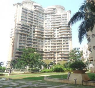 Gallery Cover Image of 1545 Sq.ft 3 BHK Apartment for buy in Nahar Lilium Lantana, Andheri East for 26900000