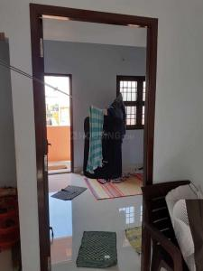 Gallery Cover Image of 550 Sq.ft 1 BHK Independent House for rent in Keelakattalai for 7000