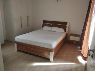 Gallery Cover Image of 1800 Sq.ft 3 BHK Apartment for rent in DLF Commanders Court, Egmore for 65000