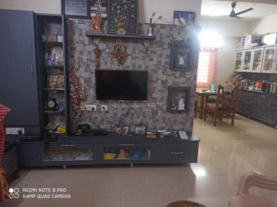 Gallery Cover Image of 1200 Sq.ft 2 BHK Apartment for rent in Hitech City for 25000