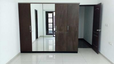 Gallery Cover Image of 2700 Sq.ft 4 BHK Villa for rent in Thoraipakkam for 52000