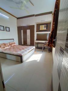 Gallery Cover Image of 1100 Sq.ft 2 BHK Apartment for buy in Tirupati Pushp, Bhayandar East for 8500000