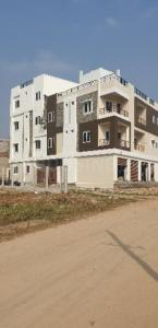 Gallery Cover Image of 1580 Sq.ft 3 BHK Apartment for rent in Kismatpur for 15000