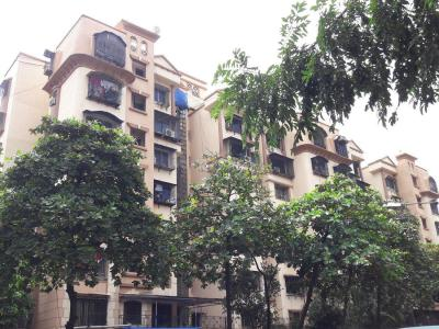 Gallery Cover Image of 550 Sq.ft 1 BHK Apartment for rent in Ghatkopar West for 30000