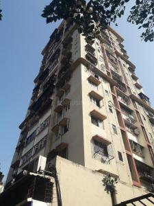 Gallery Cover Image of 700 Sq.ft 1 BHK Apartment for buy in Byculla for 20500000