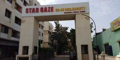Gallery Cover Image of 1300 Sq.ft 3 BHK Apartment for rent in Dhanori for 20000