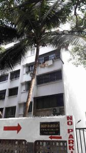 Gallery Cover Image of 850 Sq.ft 2 BHK Apartment for rent in Borivali West for 21000