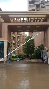 Gallery Cover Image of 1550 Sq.ft 3 BHK Apartment for rent in Wakad for 30000