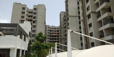 Gallery Cover Image of 1000 Sq.ft 2 BHK Apartment for rent in Lohegaon for 17000