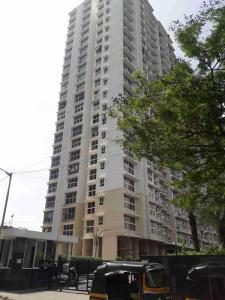 Gallery Cover Image of 850 Sq.ft 2 BHK Apartment for rent in Goregaon East for 41000