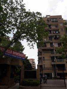 Gallery Cover Image of 1950 Sq.ft 4 BHK Apartment for buy in Sector 10 Dwarka for 17800000