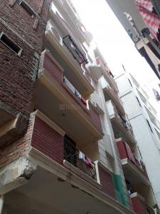 Gallery Cover Image of 960 Sq.ft 2 BHK Independent Floor for buy in Sector 74 for 2750000