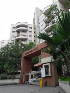Gallery Cover Image of 1850 Sq.ft 4 BHK Apartment for rent in Magarpatta City for 42000