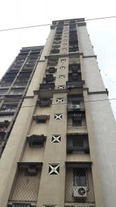 Gallery Cover Image of 1500 Sq.ft 3 BHK Apartment for rent in Borivali West for 45000