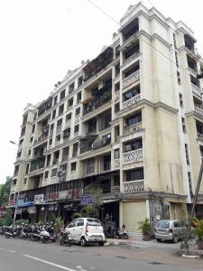 Gallery Cover Image of 1350 Sq.ft 3 BHK Apartment for buy in Kalyan West for 8000000