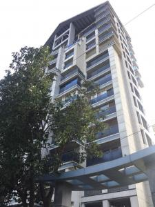 Gallery Cover Image of 1300 Sq.ft 2 BHK Apartment for rent in Bandra East for 72000