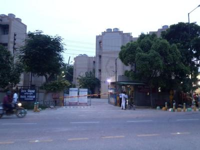 Gallery Cover Image of 1654 Sq.ft 3 BHK Apartment for rent in Swaraj Rail Vihar Society, Niti Khand for 16000