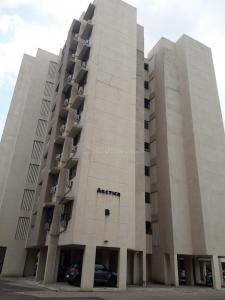 Gallery Cover Image of 909 Sq.ft 2 BHK Apartment for rent in Palava Phase 1 Nilje Gaon for 13500