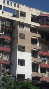 Gallery Cover Image of 960 Sq.ft 2 BHK Apartment for rent in Malad West for 33000