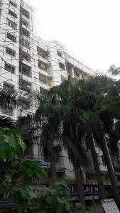 Gallery Cover Image of 850 Sq.ft 2 BHK Apartment for rent in Kandivali East for 35000