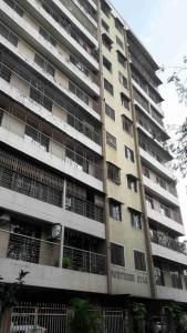 Gallery Cover Image of 1250 Sq.ft 2 BHK Apartment for rent in Dahisar West for 30000