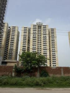 Gallery Cover Image of 2075 Sq.ft 3 BHK Apartment for buy in Chi V Greater Noida for 6640000