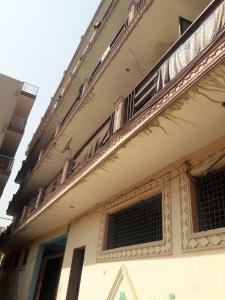 Gallery Cover Image of 450 Sq.ft 1 BHK Independent House for rent in Sector 33 for 10000
