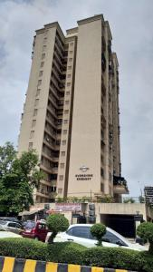 Gallery Cover Image of 915 Sq.ft 2 BHK Apartment for rent in Jogeshwari West for 48000