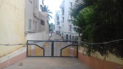 Gallery Cover Image of 1550 Sq.ft 3 BHK Apartment for rent in Hebbal Kempapura for 20000