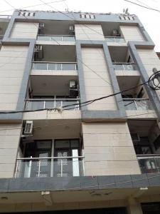 Gallery Cover Image of 550 Sq.ft 1 RK Apartment for rent in Vasant Kunj for 12000