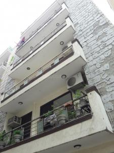 Gallery Cover Image of 1100 Sq.ft 3 BHK Apartment for rent in Jamia Nagar for 24000