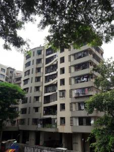 Gallery Cover Image of 1350 Sq.ft 3 BHK Apartment for rent in Ghatkopar West for 45000