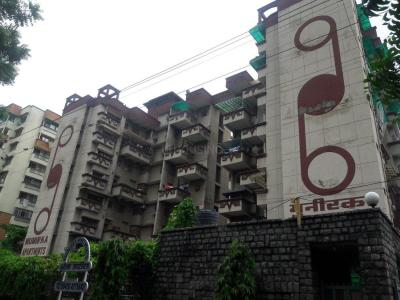 Gallery Cover Image of 2200 Sq.ft 5 BHK Apartment for rent in Sector 9 Dwarka for 32000