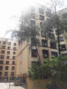 Gallery Cover Image of 1200 Sq.ft 3 BHK Apartment for rent in Goregaon East for 60000