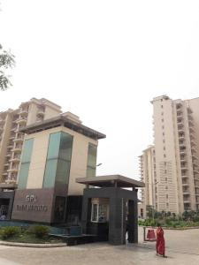 Gallery Cover Image of 2150 Sq.ft 3 BHK Apartment for rent in Sector 70 for 40000