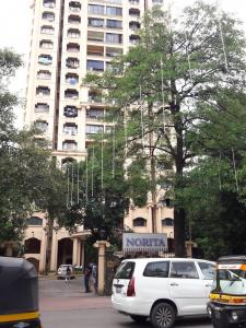 Gallery Cover Image of 1050 Sq.ft 2 BHK Apartment for rent in Hiranandani Garden Norita, Powai for 60000