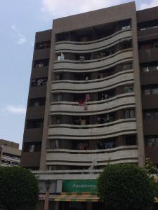 Gallery Cover Image of 980 Sq.ft 2 BHK Apartment for buy in Avenue J, Virar West for 3850000