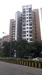 Gallery Cover Image of 930 Sq.ft 2 BHK Apartment for rent in Kandivali West for 30000