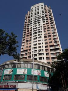 Gallery Cover Image of 2500 Sq.ft 6 BHK Apartment for buy in La View Tower, Jacob Circle for 90000000