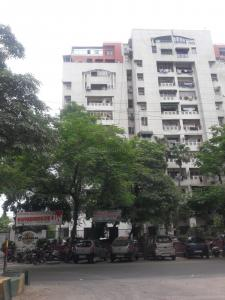 Gallery Cover Image of 1404 Sq.ft 3 BHK Apartment for buy in Unitech Sunbreeze Towers, Vaishali for 9300000