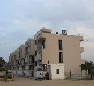 Gallery Cover Image of 1000 Sq.ft 2 BHK Independent Floor for buy in Shourya Shouryapuram, Lal Kuan for 3000000