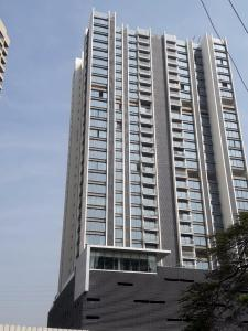 Gallery Cover Image of 2200 Sq.ft 3 BHK Apartment for buy in Oberoi Maxima, Jogeshwari East for 35000000