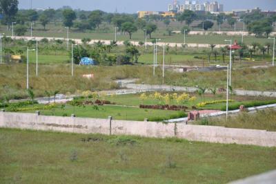DLF Garden City Plot