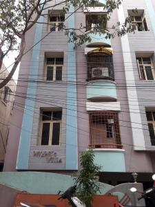 Gallery Cover Image of 1200 Sq.ft 2 BHK Apartment for rent in Vijaya Villa, Nondimedu for 14000