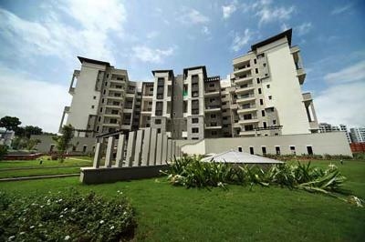 Gallery Cover Image of 2800 Sq.ft 4 BHK Apartment for rent in Sobha Carnation, Kondhwa for 40000