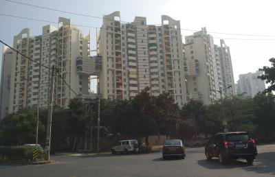 Gallery Cover Image of 2530 Sq.ft 3 BHK Independent Floor for buy in Unitech The Close South, Sector 50 for 19500000