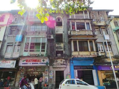 Gallery Cover Image of 1500 Sq.ft 2 BHK Apartment for buy in Ready Money Building, Madanpura for 27500000