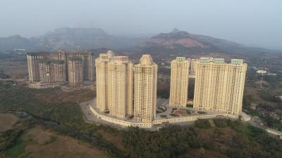 Gallery Cover Image of 350 Sq.ft 1 BHK Apartment for buy in Hiranandani Fortune City, Panvel for 4500000