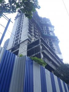 Gallery Cover Image of 1206 Sq.ft 2 BHK Apartment for buy in Arihant Royale, Mulund West for 17000000