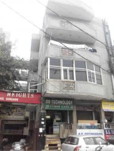 Gallery Cover Image of 900 Sq.ft 3 BHK Independent Floor for rent in Ganpati Heights, Sector 13 for 18000